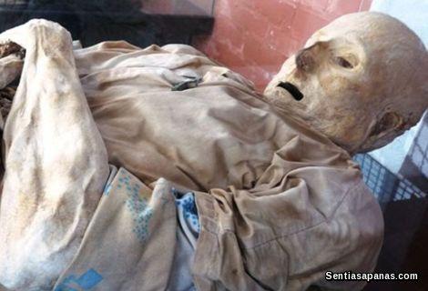 San Bernardo, Colombia Mummy [2]